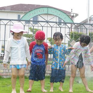 プール遊び・お泊り保育(年長児) 写真