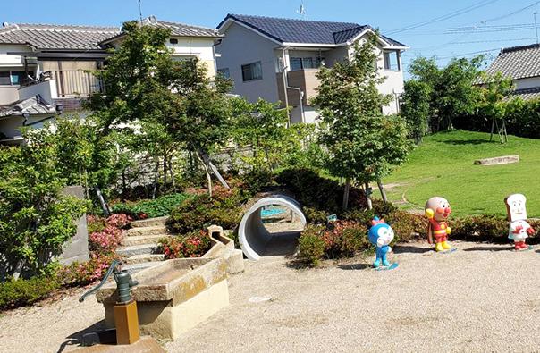 屋外遊技場「こどもの森」写真3